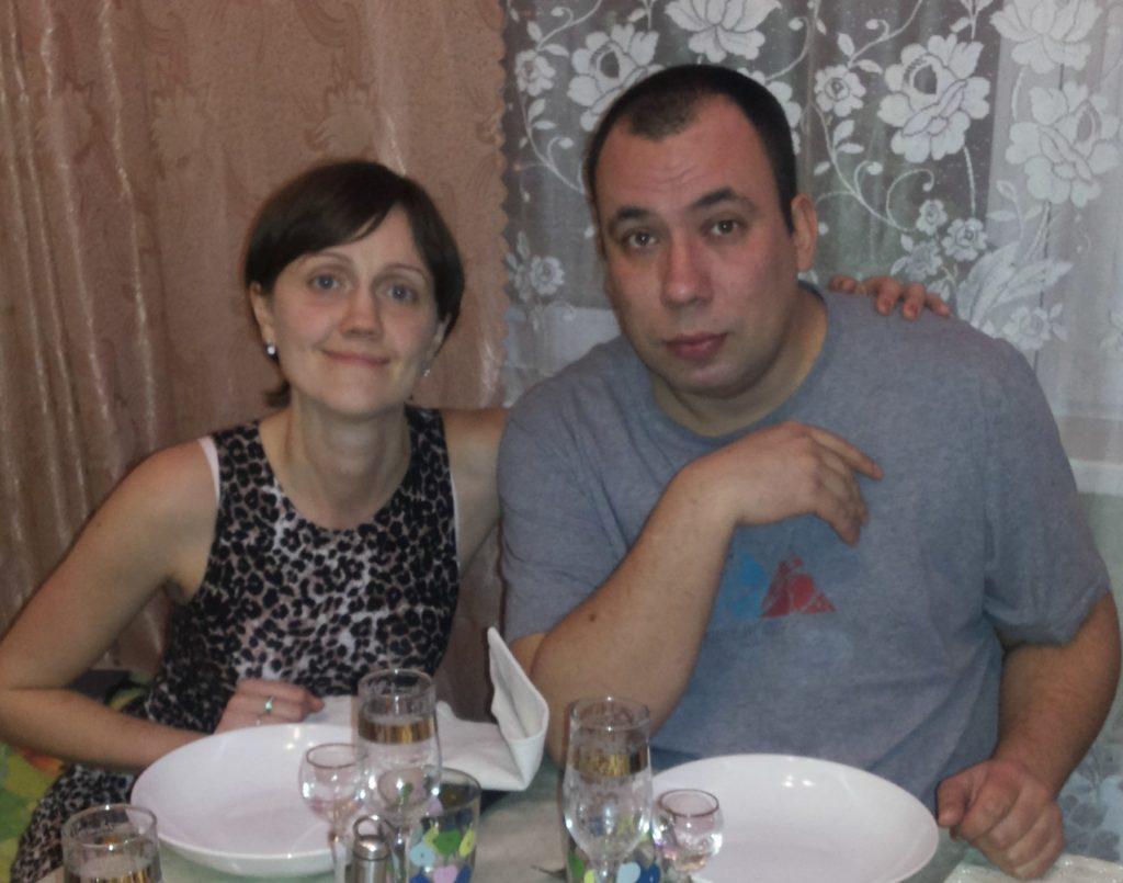 Ищет знакомства пару оренбург пара